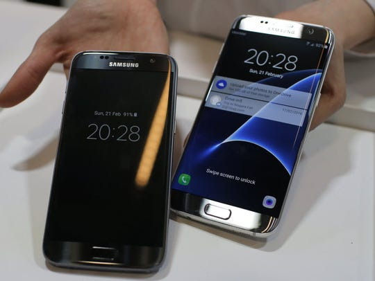 Samsung Galaxy S7, left, and S7 Edge