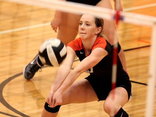 636445742974622062-hsVB-Playoffs-TualatinVsSprague-ar-03.JPG