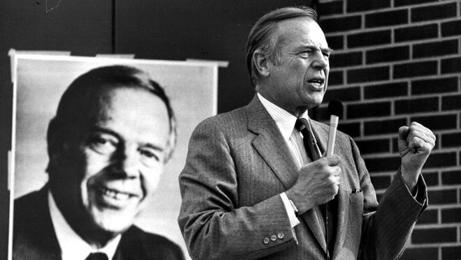 This 1982 photo shows Wheelock Whitney, Jr., speaking to a crowd in New Ulm. The Minnesota businessman and former Vikings co-owner has died. He was 89. His son, Ben Whitney, says Wheelock Whitney died Friday, May 20, 2016, at his home in Independence of natural causes.