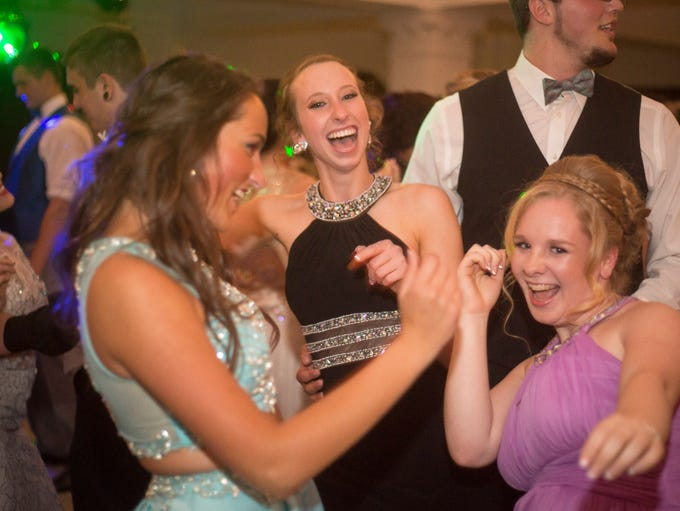 Monroe Central students dance the night away for prom