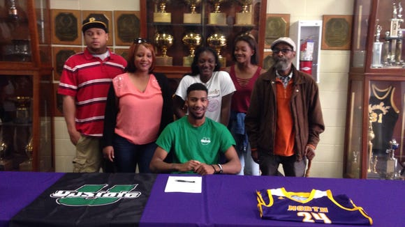 North Henderson senior Austin Nelson has signed to play college basketball for USC Upstate.