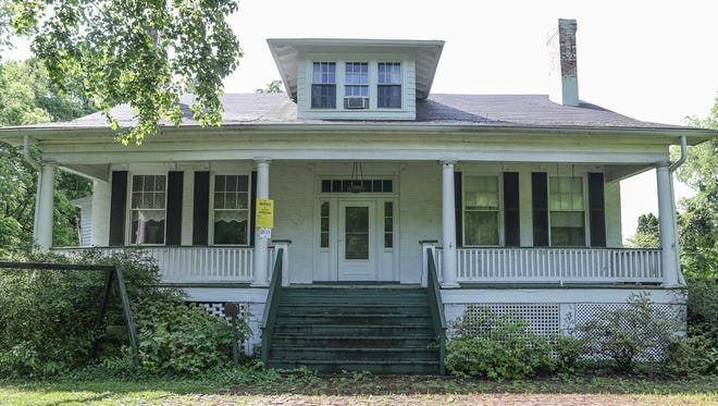 The house at 2833 Tremont Drive. May 11, 2016