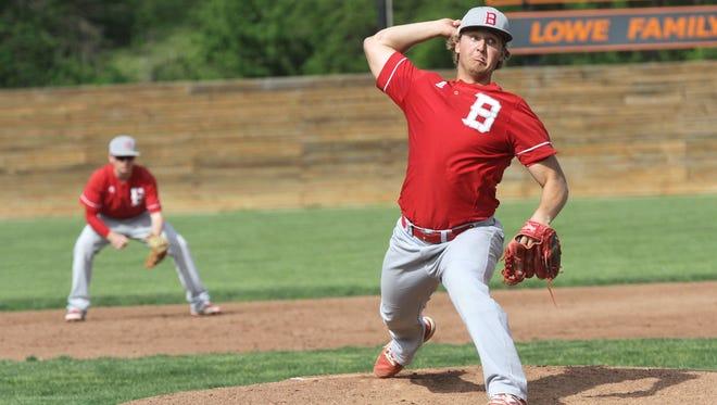 Bellevue's Mitch Wells throws a pitch Thursday.