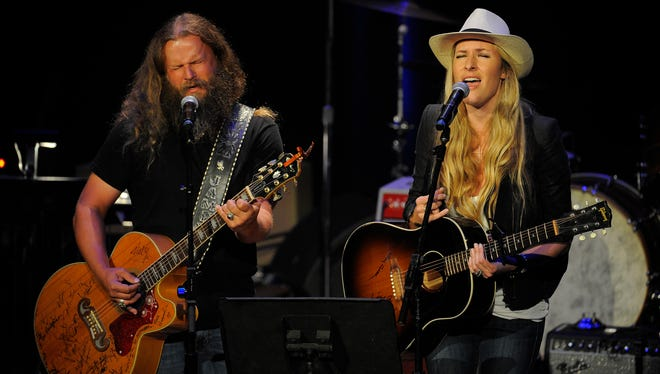 Jamey Johnson and Holly Williams sing a song in tribute to Hank Williams, who received a Poet's Award at the ACM Honors at the Ryman Auditorium on Tuesday, Sept. 10 in Nashville.