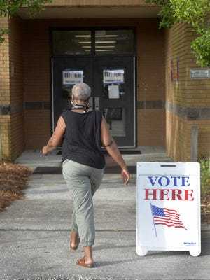 A letter writer wants the government to simplify the voting process.