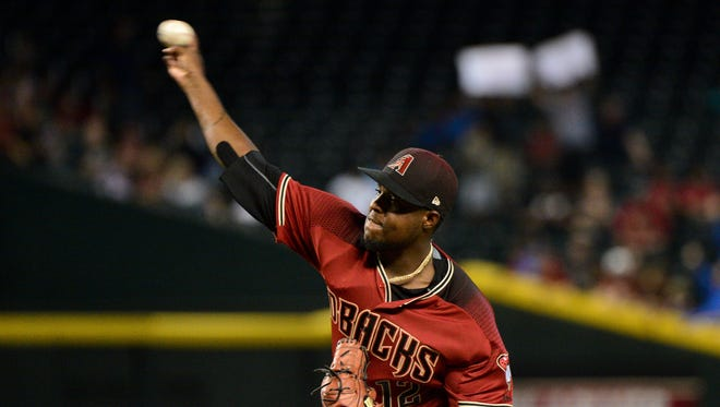 Jul 26, 2017: Arizona Diamondbacks relief pitcher Rubby De La Rosa (12) throws during the ninth inning against the Atlanta Braves at Chase Field.