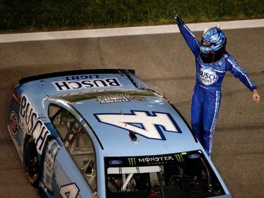NASCAR_Kansas_Auto_Racing_29166.jpg