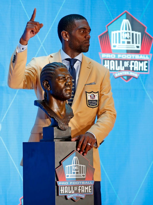 Hall_of_Fame_Football_92440.jpg