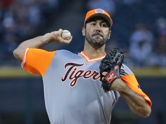 Justin Verlander delivers a pitch against the White