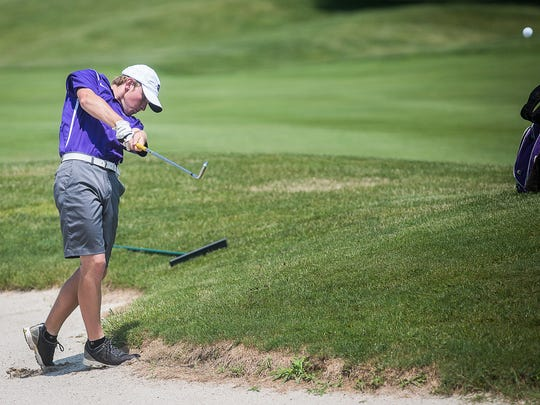 Hagerstown's Ben Tinkle competes in the golf regionals