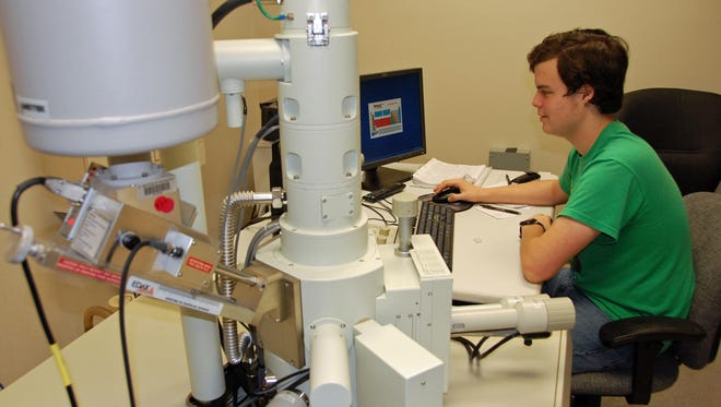 River Grace works at the JEOL JSM-6380LV scanning electron microscope at Florida Tech. He did a lot of analysis on this and their laser scanning confocal microscope.