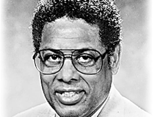 the issue of immigration in thomas sowells ethnic america Thomas sowell here gives an international perspective to themes from earlier  works like ethnic america and markets and minorities arguing that major.
