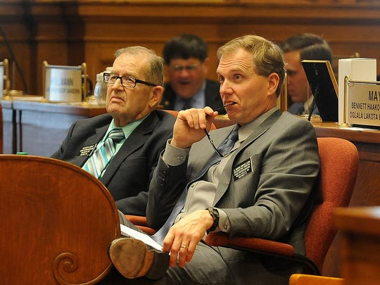 Rep. Roger Hunt and Rep. Mark Mickelson at state capitol