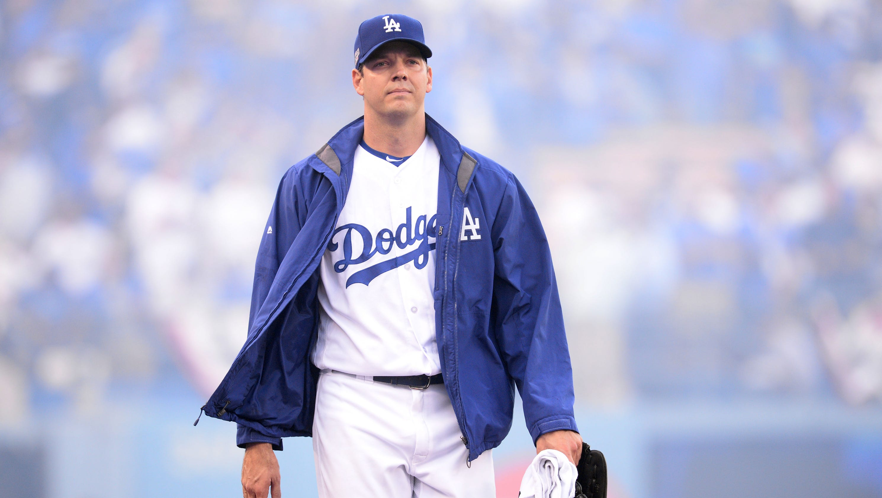 Dodgers re-sign Rich Hill to three-year, $48 million deal