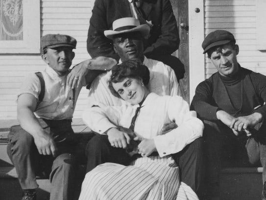 Jack Johnson with his first wife, Etta Duryea, in Reno,