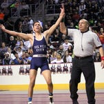 Silver repeats as state champions and tallies four individual champions on the wrestling mat