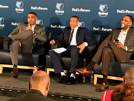 Left to right, Former NBA stars Grant Hill (left) and