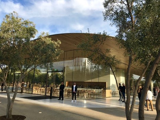 The public portion of the new 175-acre Apple Park includes