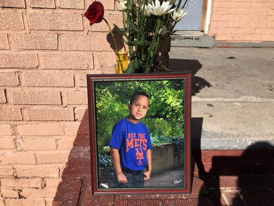 The memorial for 9-year-old Dariel Sosa in front of