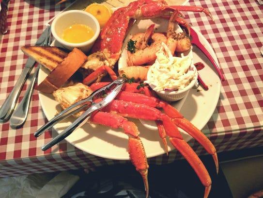 Quiet Crab's Alaskan Garlic Snow Crab Platter  had