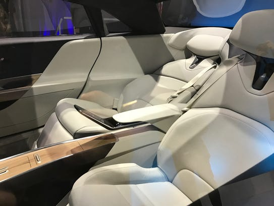 Lucid Air Is 160 000 Private Jet On Wheels