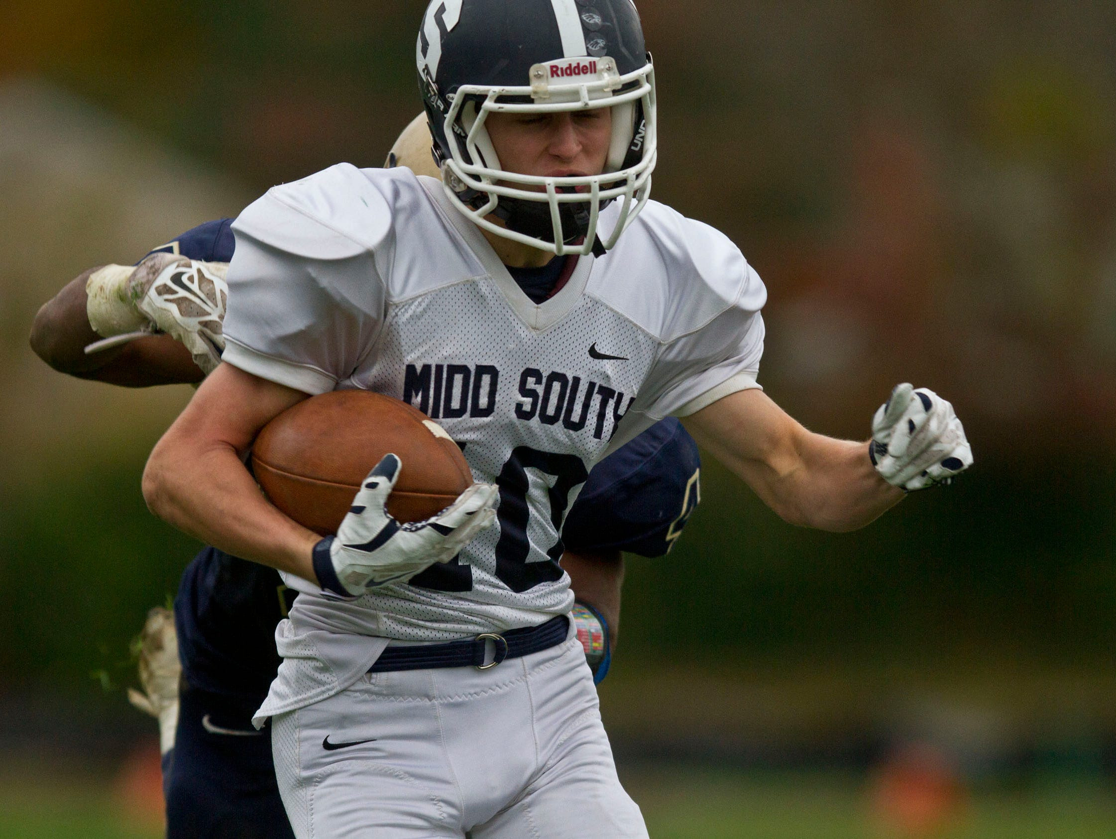 Middletown South's Jeff Lewandowski makes a touchdown reception. Middletown South at Freehold football. Freehold, NJ Saturday, November 7, 2015 @dhoodhood