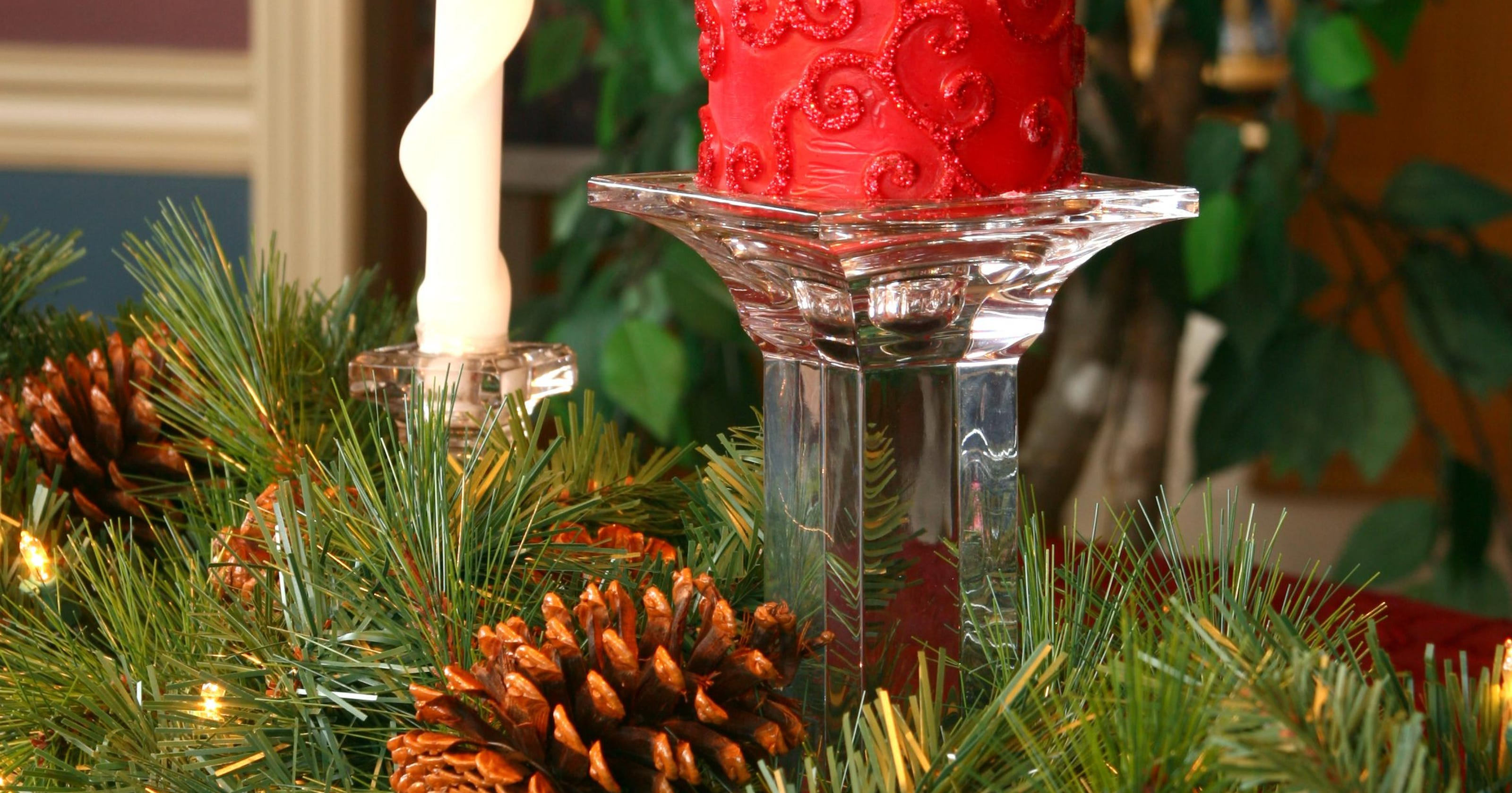 The final touch: A Christmas centerpiece to celebrate