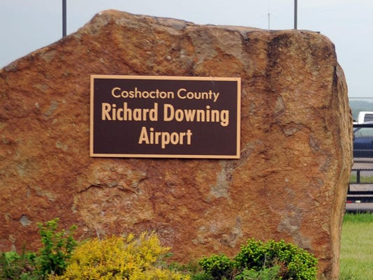 COS Richard Downing Airport stock 1
