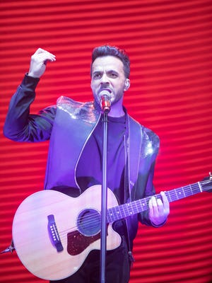 Luis Fonsi performs at Comerica Theatre on Sept. 10, 2017.