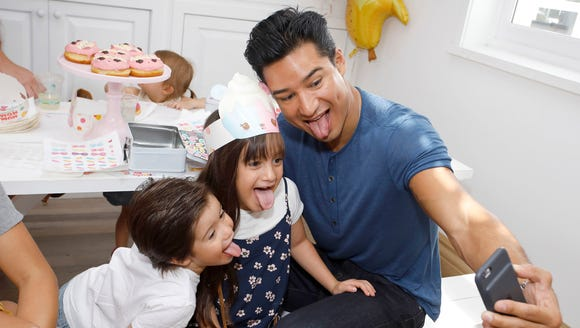 Mario Lopez's kids, Gia and Dominic, revealed some pretty hysterical information to a red carpet reporter before Lopez received the 2018 Father of the Year Award.