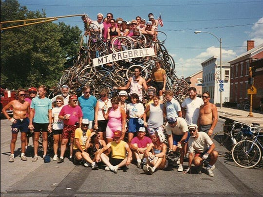 Members of the Sprint Selzer Bicycle Club pose for