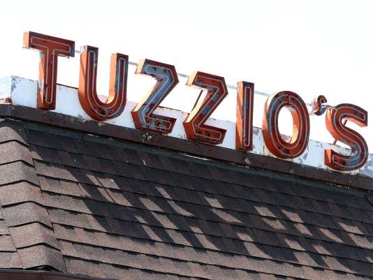 tuzzio0527p.jpg