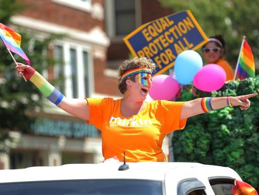 -15__061315_PrideParade.JPG_20150613.jpg