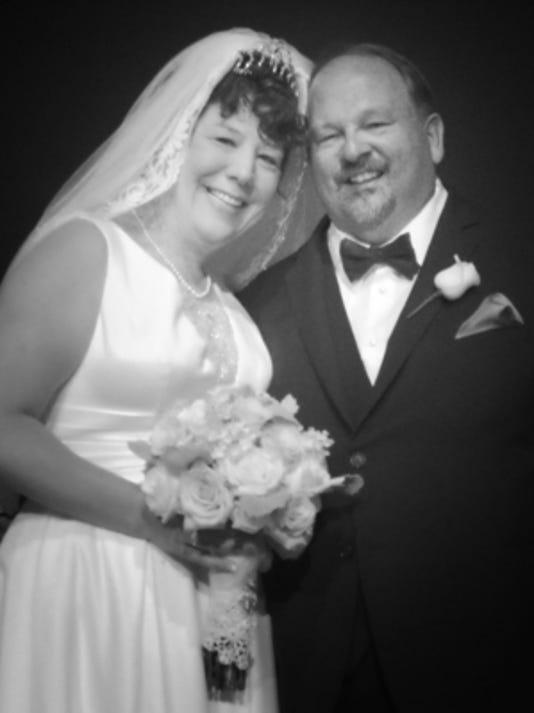 Engagements: Jennifer Lessard & Bart Stoltey