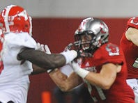 Youngstown State's Andrew Stubbs (4) rushes with the ball during a game against USD Saturday, Oct. 3, 2015, at the DakotaDome in Vermillion, S.D.