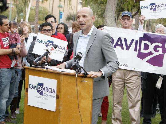 David García, contendiente demócrata a la gubernatura