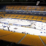 Flyers hope outdoor game isn't a burden in playoff race