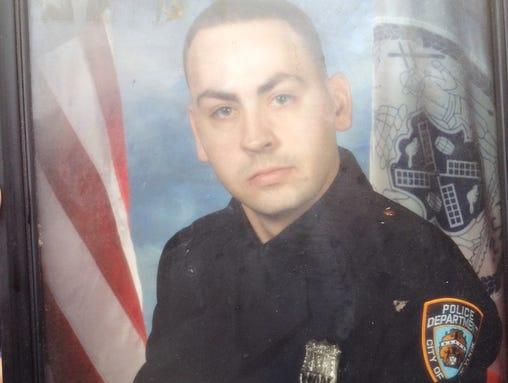 Officer Down Celebrations - Deaths & Injuries 1407876056001-081214crash3