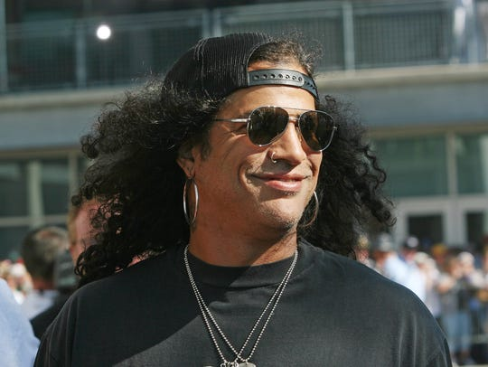 Slash walks the red carpet before the 2008 Indianapolis