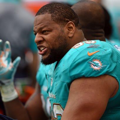 NFL's highest paid defensive linemen: Ndamukong Suh, Muhammad Wilkerson, Fletcher Cox lead rankings