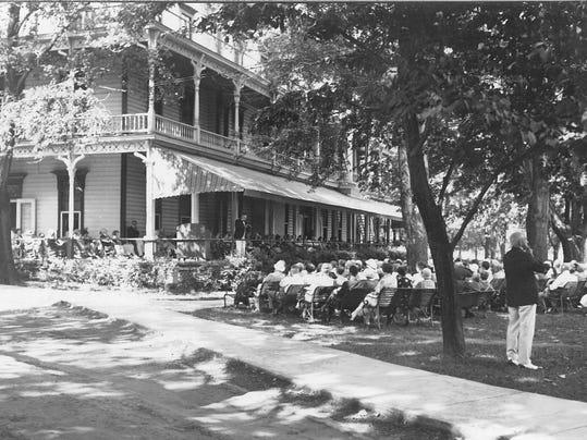 Historic Hotel Lakeside 1