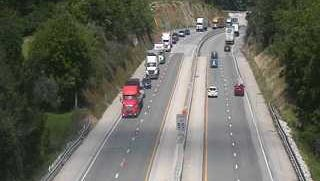 Traffic is moving again on I-83 after an earlier wreck shut down the southbound lane.