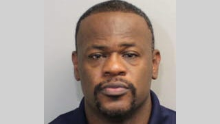 Leon County jail booking photo for Dimitric Salters