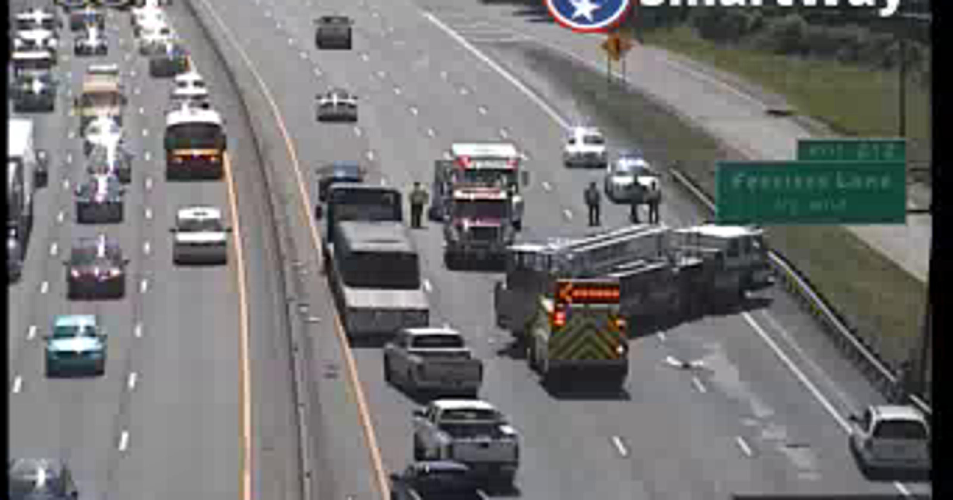 Nashville traffic: I-40 east shut down near Fesslers Lane, downtown