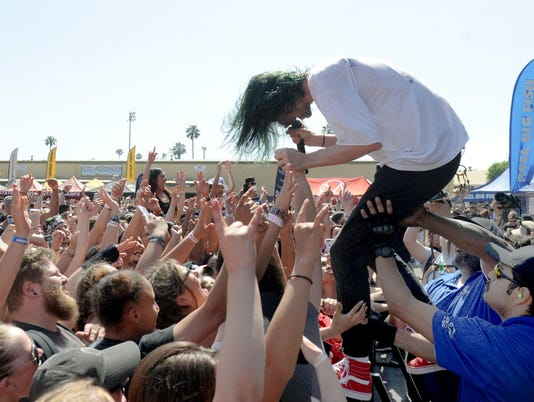Warped-Tour-1.jpg