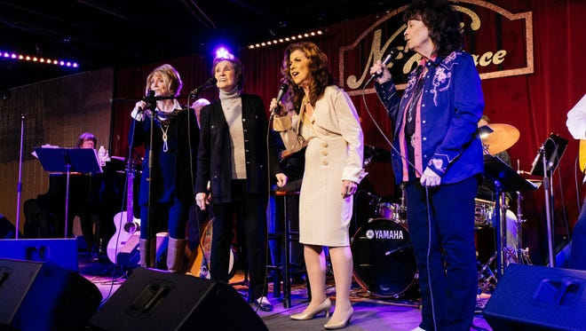 Jeannie Seely, Jan Howard, Jody Miller and Leona Williams sing at the Jean Shepard tribute at the Nashville Palace.