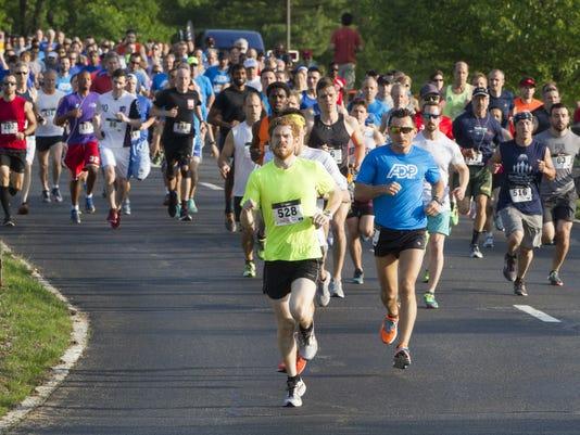 636138879839893584-runners.jpg