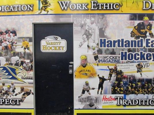 636466085026228448-HartlandHockeyRoom1.JPG