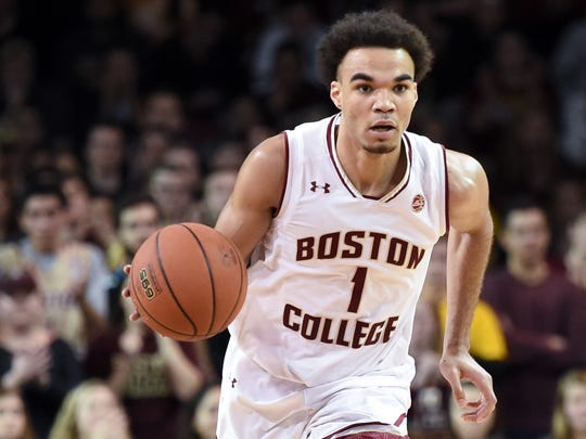 Jerome Robinson controls the ball during a game against