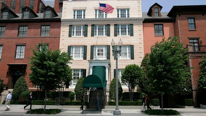 Trump's pre-inaugural Blair House stay follows presidential tradition